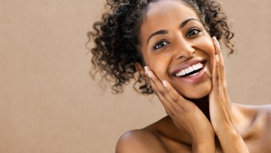 Right-Way-To-Use-Vitamin-C-serum-and-Retinol-serum