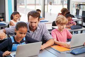 The 6 Crucial Benefits Of Technology In Education
