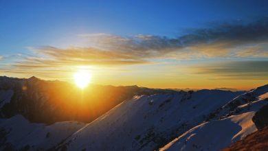 kedarkantha sunrise from the summit