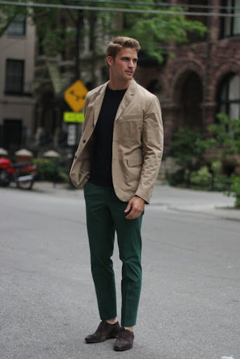 10 Essential Style Tips For Guys Who Want to Dress Better